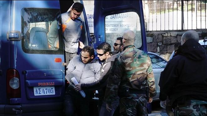 Els guardacostes grecs diuen que els socorristes detinguts no tenien autorització