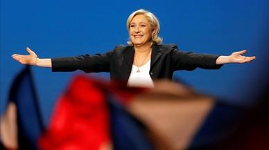 Le Pen culmina la seva integració en el sistema amb el debat electoral