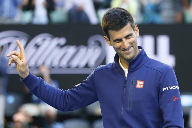 Djokovic sufre y Bautista cae