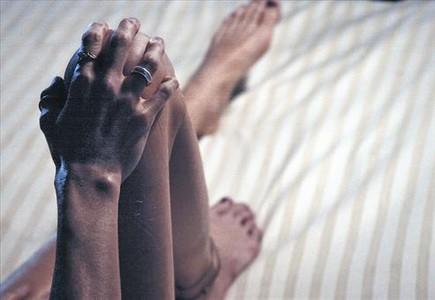 El propi cos 8 Una malalta d'anorèxia, ingressada en un centre de trastorns alimentaris a París.