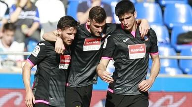 L'Espanyol s'emporta un sofert triomf a Riazor