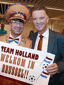 Van Gaal, a su llegada a Bruselas.
