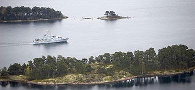 Suecia busca en su costa un submarino ruso averiado y oculto