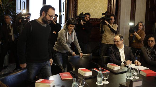 Els diputats de la CUP Anna Gabriel i Benet Salellas arriben a la Junta de Portaveus del Parlament