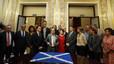 Nacionalistes i grups minoritaris escenifiquen al Congrés el suport a Escòcia