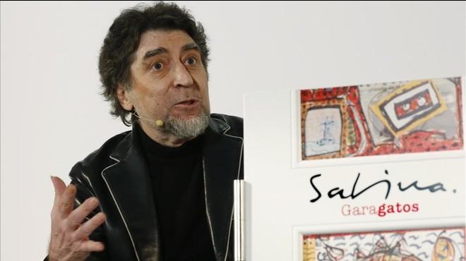 Joaqu�n Sabina, durante la rueda de prensa de presentacion de 'Garagatos', en Madrd.