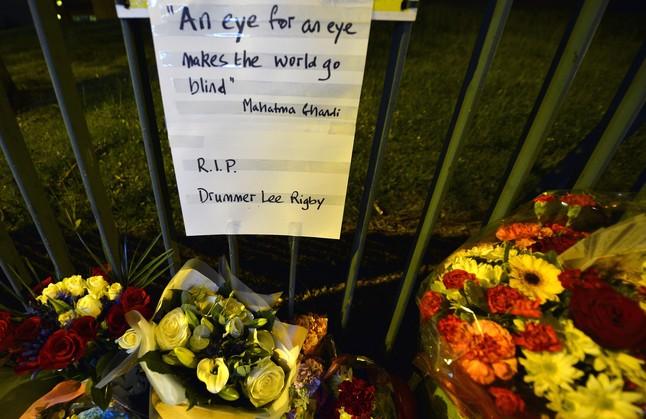 Cuatro detenidos por su posible relaci�n con el asesinato del soldado de Londres