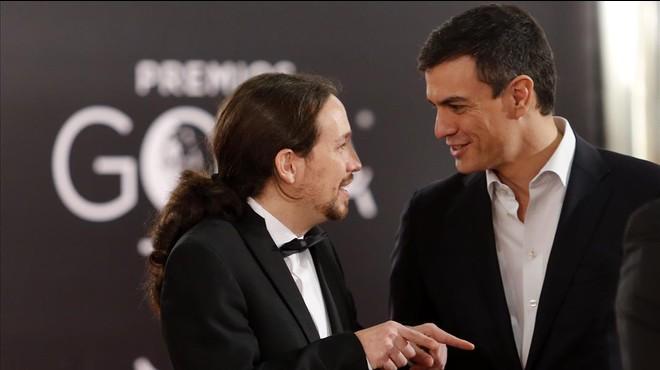 Iglesias y S�nchez, durante la �ltima gala de los Goya, el pasado s�bado.