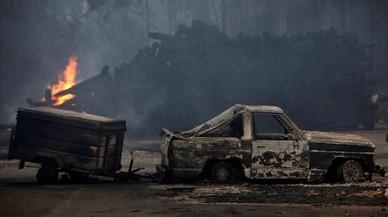 Tres muertos en Vigo por los incendios que queman Galicia