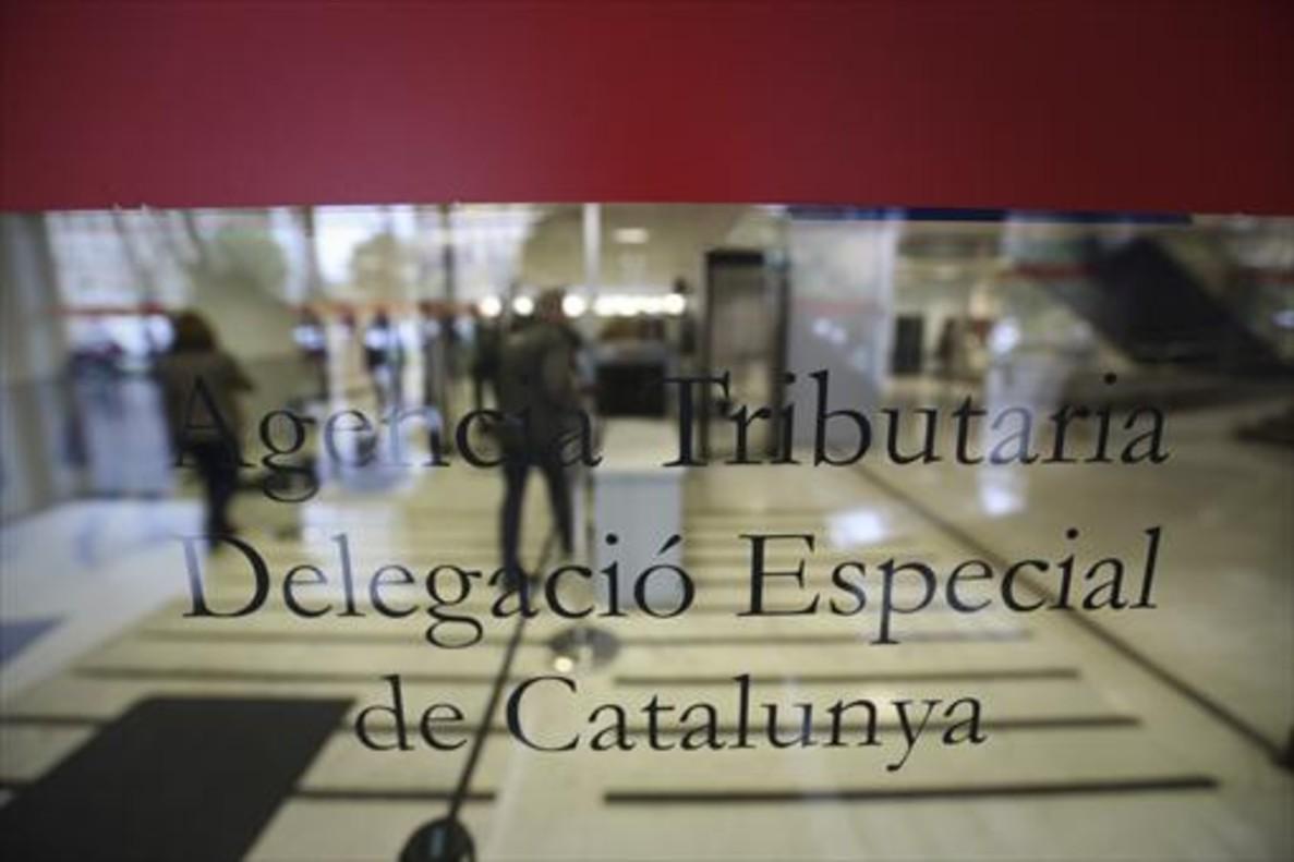 Pozuelo es el municipio espa ol con mayor renta declarada for Oficinas de hacienda en madrid