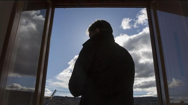 A. E., en su casa en una localidad de la Comunidad Valenciana.