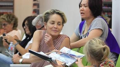Sharon Stone, en el sal�n de belleza chino.