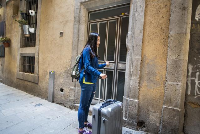 Los pisos que se alquilen como tur sticos perder n uso residencial - Piso turistico barcelona ...