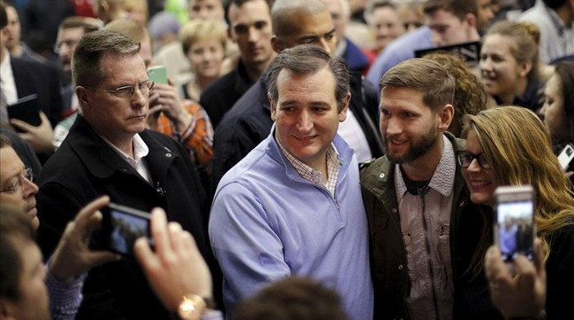 El aspirante republicano Ted Cruz en un acto enn Wilton (Iowa).