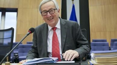 Juncker insta a actuar amb contundència davant les falses notícies a internet