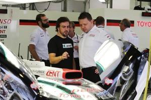 Fernando Alonso, en la jornada de ensayos con el coche que utilizará en Le Mans.