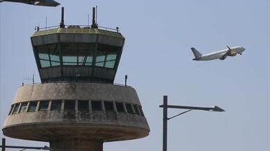 Pillada en el aeropuerto de Barcelona con dos kilos de coca pegados a las piernas