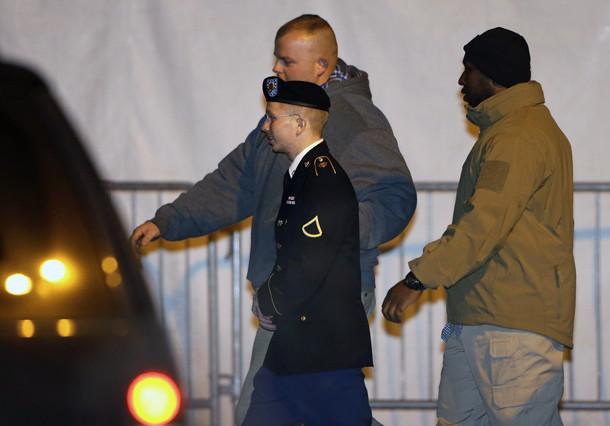 La defensa de Manning acusa a EEUU de maltrato