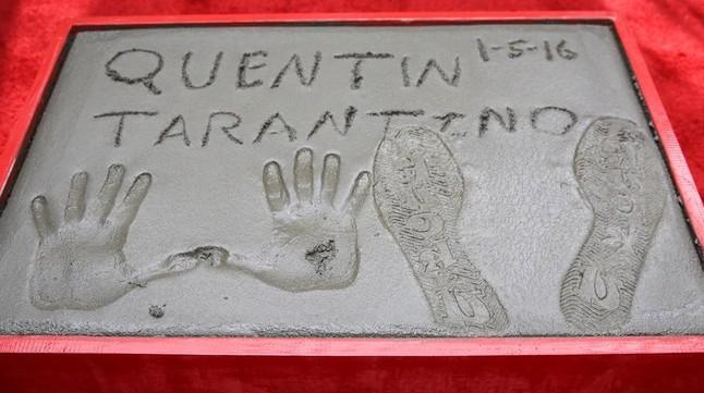 Quentin Tarantino deja un 'Fuck u' como huella en el Teatro Chino