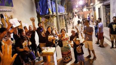 Sagunt guanya el primer premi de les festes de Sants amb una decoració indígena