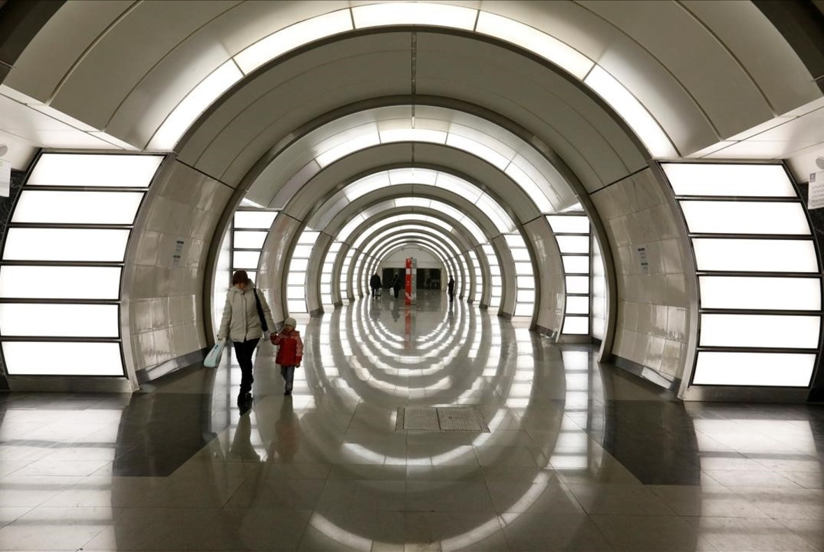 lpedragosa38683413 commuters walk through fonvizinskaya metro station in moscow170531215721