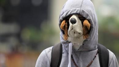 Un manifestante con una mascara en las protestascontra el presidente venezolano Nicolás Maduro en Caracas, Venezuela.