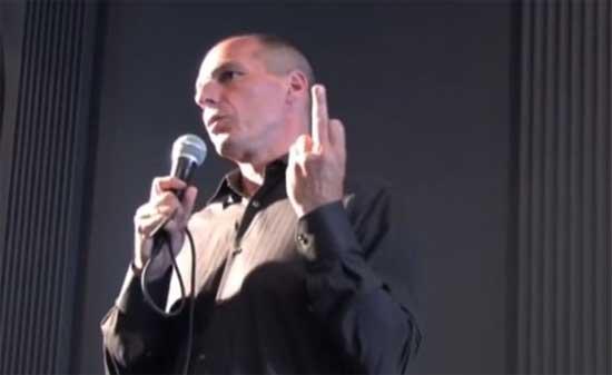 Vídeo del programa de la TV alemana en que se le muestra a Varoufakis la grabación en que se le ve haciendo una peineta a Alemania.