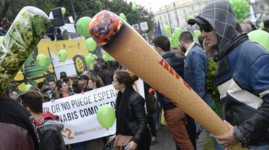 El Gobierno recurrirá ante el Constitucional la ley catalana sobre clubs de cannabis