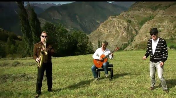 Santiago Auserón canta per 'La Marató' de TV-3