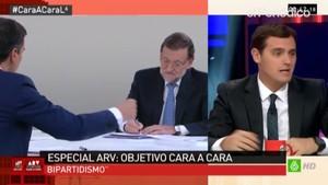 Rivera e Iglesias, alegres tras el debate, con Ferreras en La Sexta.