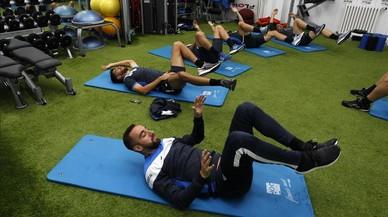 Un Espanyol inquieto recibe al invicto Valencia