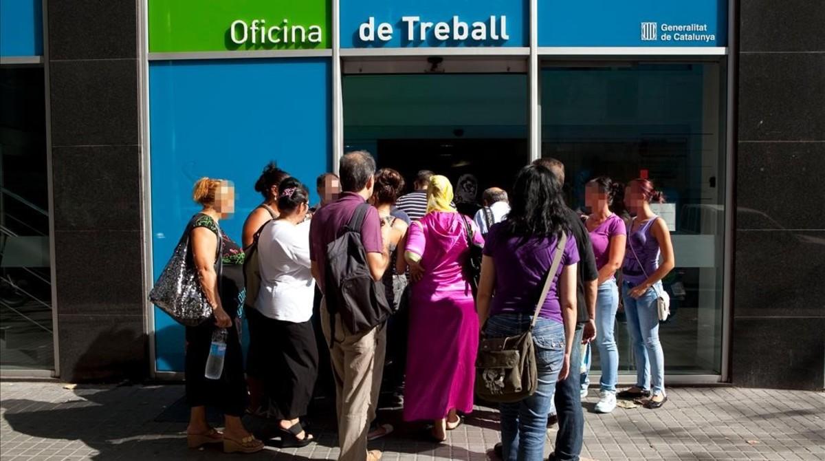 La renta garantizada de ciudadan a sigue encallada for Oficina de treball