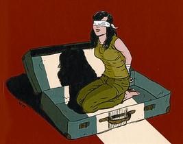 A SEIS MANOS 3Arriba, ilustración de portada de Plagio. Abajo, el dibujante Joan Marín, el guionista Hernán Migoya (centro) y Melina, ayer.