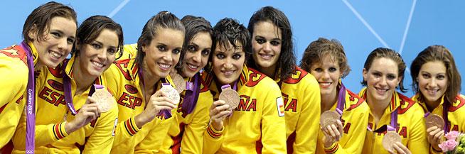 Les noies d'Anna Tarrès celebren el bronze.