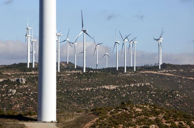 Panorama del parque eólico de Rubió, en una imagen de archivo.  JOSEP GARCIA