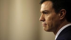 Pedro Sánchez comparece en rueda de prensa en el Congreso de los Diputados.
