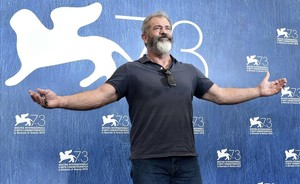 jgblanco35381039 director mel gibson attends the photocall of the movie hack160904161000