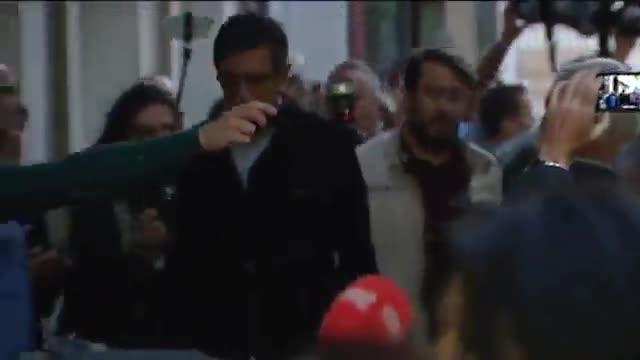 Eduardo Madina, abucheado a su llegada a la sede del PSOE.