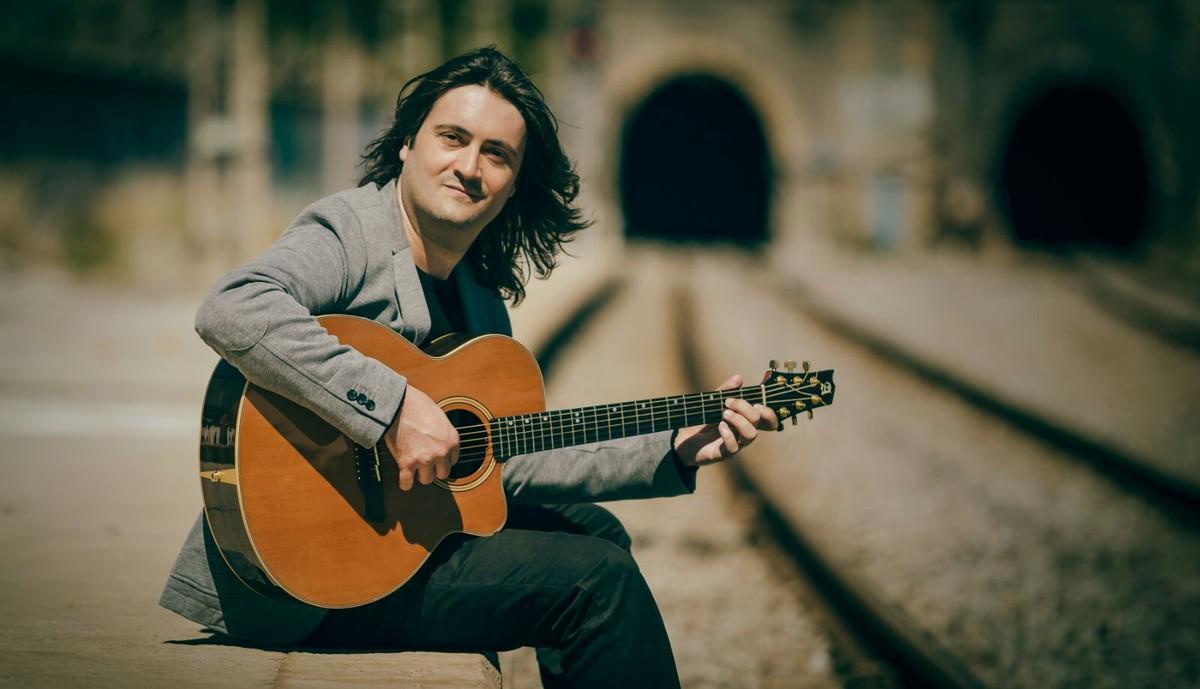 Javi Jareño, en su nuevo disco Abrazar la vida.