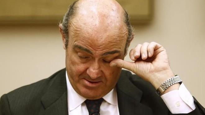 """Guindos alerta que """"vénen dificultats"""" en l'economia mundial"""