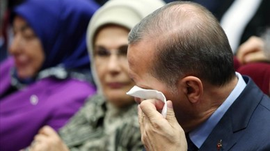 Erdogan regresa al partido que fundó