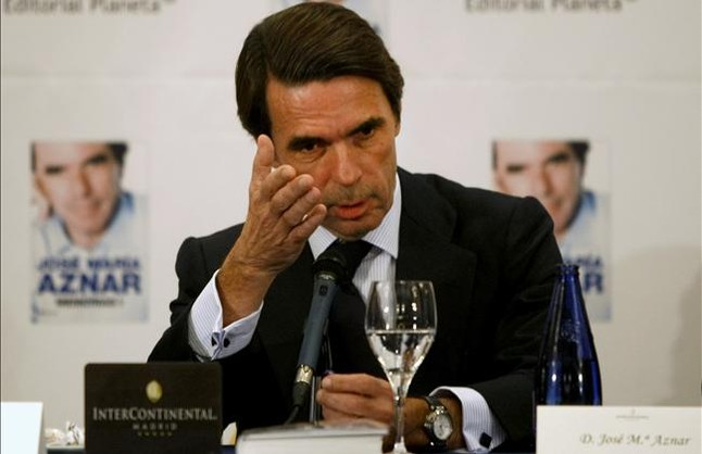 Aznar abre la lista de querellas contra quien le vincule al caso de los sobresueldos