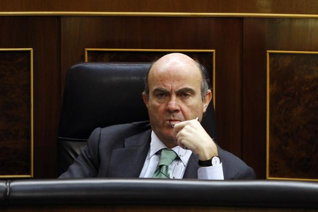 El juez instructor del 'caso Bankia' cita a declarar a Guindos