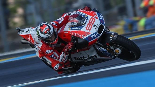 Jorge Lorenzo (Ducati), en los ensayos de ayer en Le Mans.