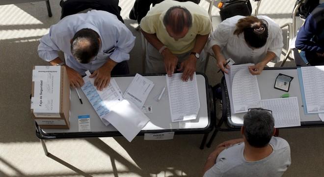 Protecció de Dades adverteix de multes de fins a 300.000 euros per a les meses de l'1-O