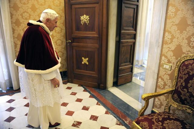 El Vaticano sopesa adelantar el inicio del c�nclave para elegir al sucesor de Benedicto XVI