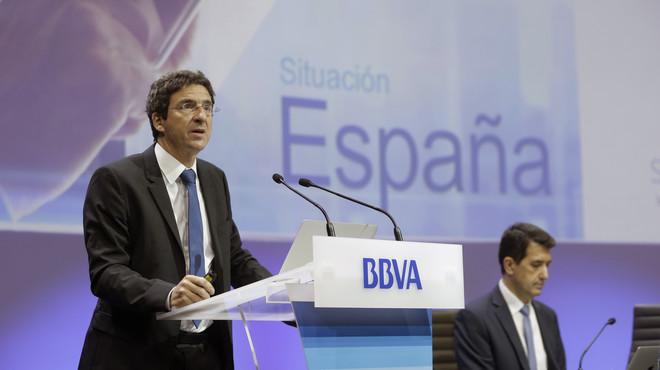 El economista jefe del Grupo BBVA, Jorge Sicilia (izquierda), y el economista jefe de Econom�as Desarrolladas de BBVA Research, Rafael Dom�nech,en una imagen de archivo de noviembre.