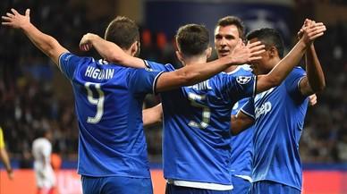 Higuaín acosta el Juventus a la final