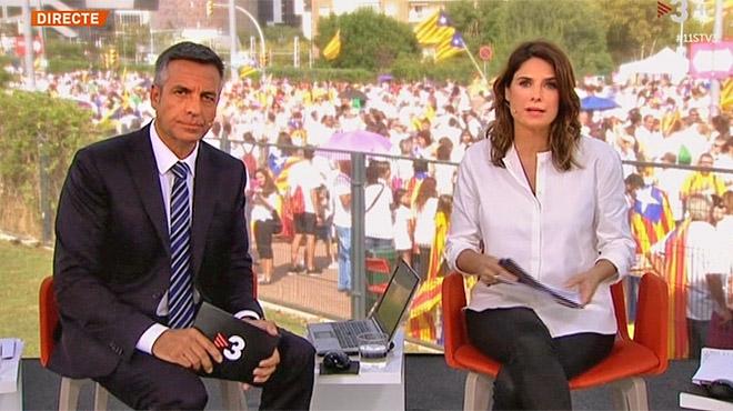 Ariadna Oltra i Ramon Pellicer, conductors de l'especial de TV-3.