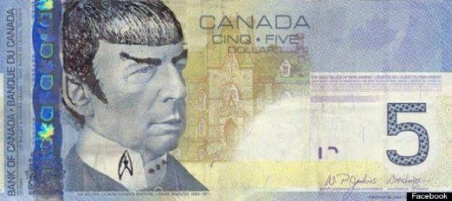 Un billete adulterado de 5 dólares canadienses.